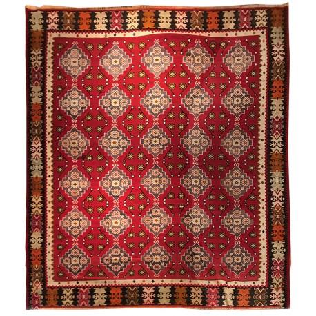 oversize vintage rug paris