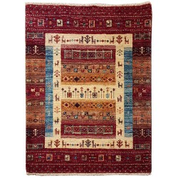 Hand-knotted rug - Traditional pattern