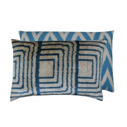 blue cushion paris