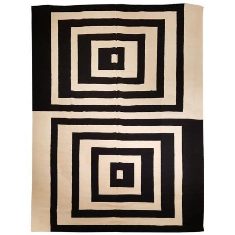 tapis noir et blanc paris