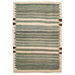 small green rug paris